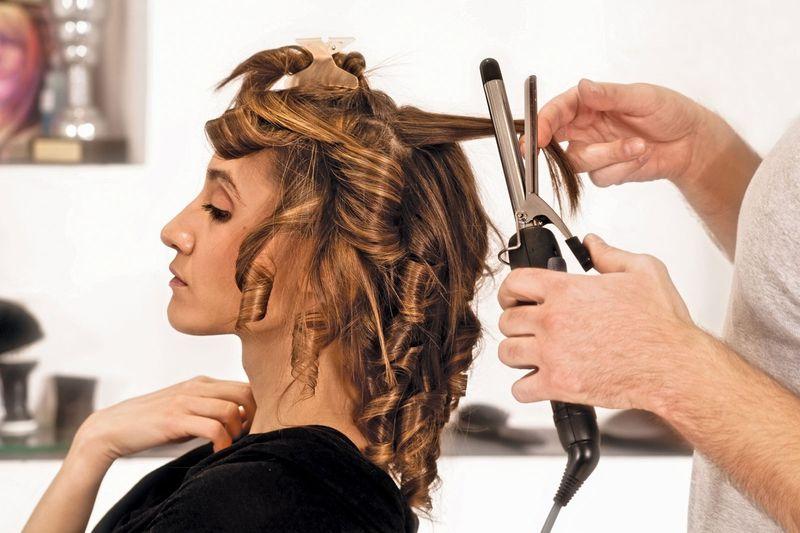 что используют парикмахеры для укладки кудрей Эбола фото зараженных