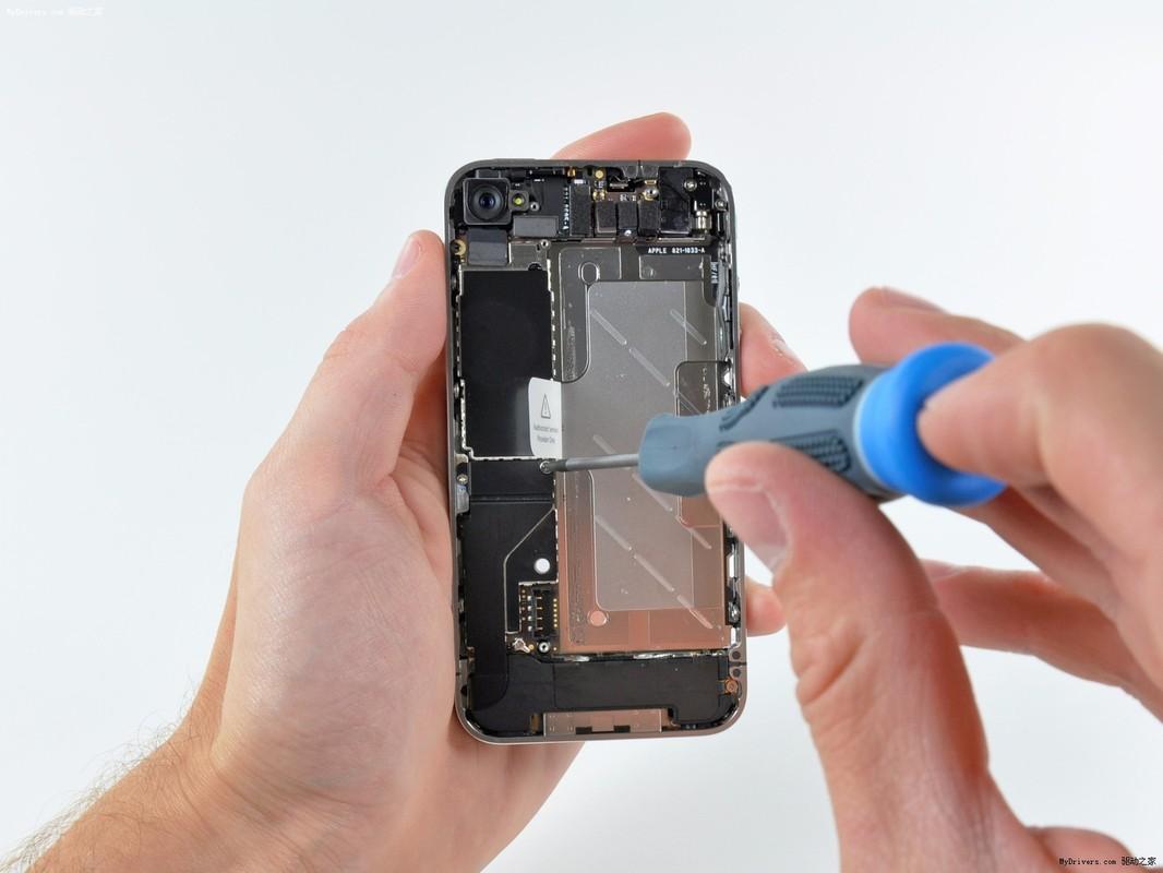 Ремонт динамика смартфона